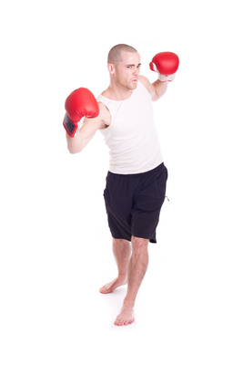 Mann mit Boxhandschuhen