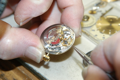 Uhren mit einem Schweizer  Uhrwerk