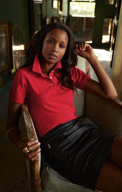 Rotes Poloshirt