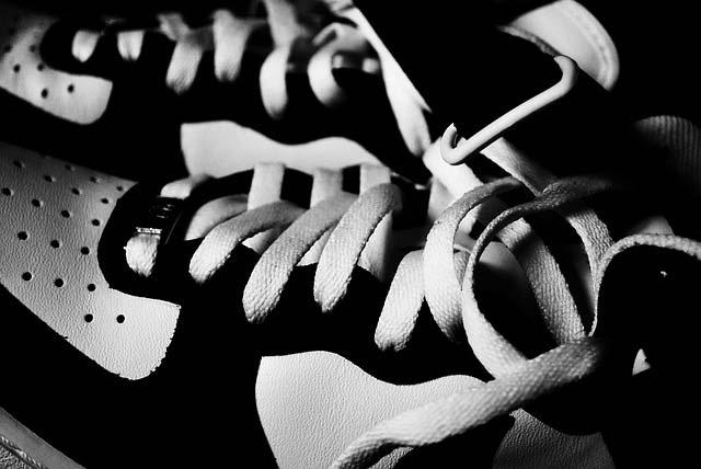 weisse-sneakers