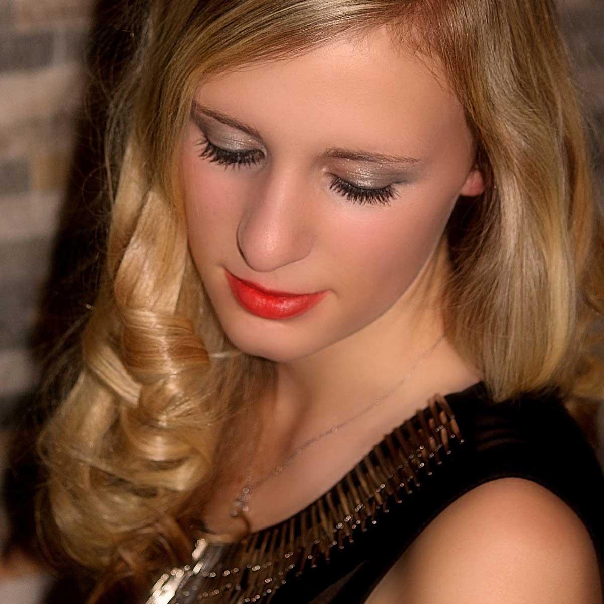 Make Up Modell