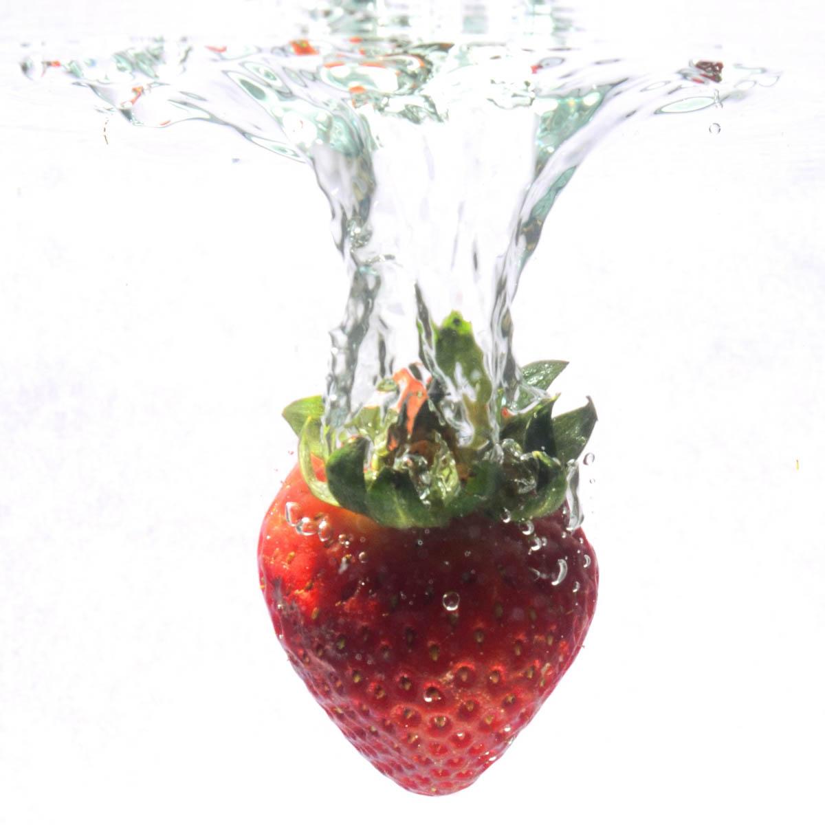 Erdbeere Wasser Früchte