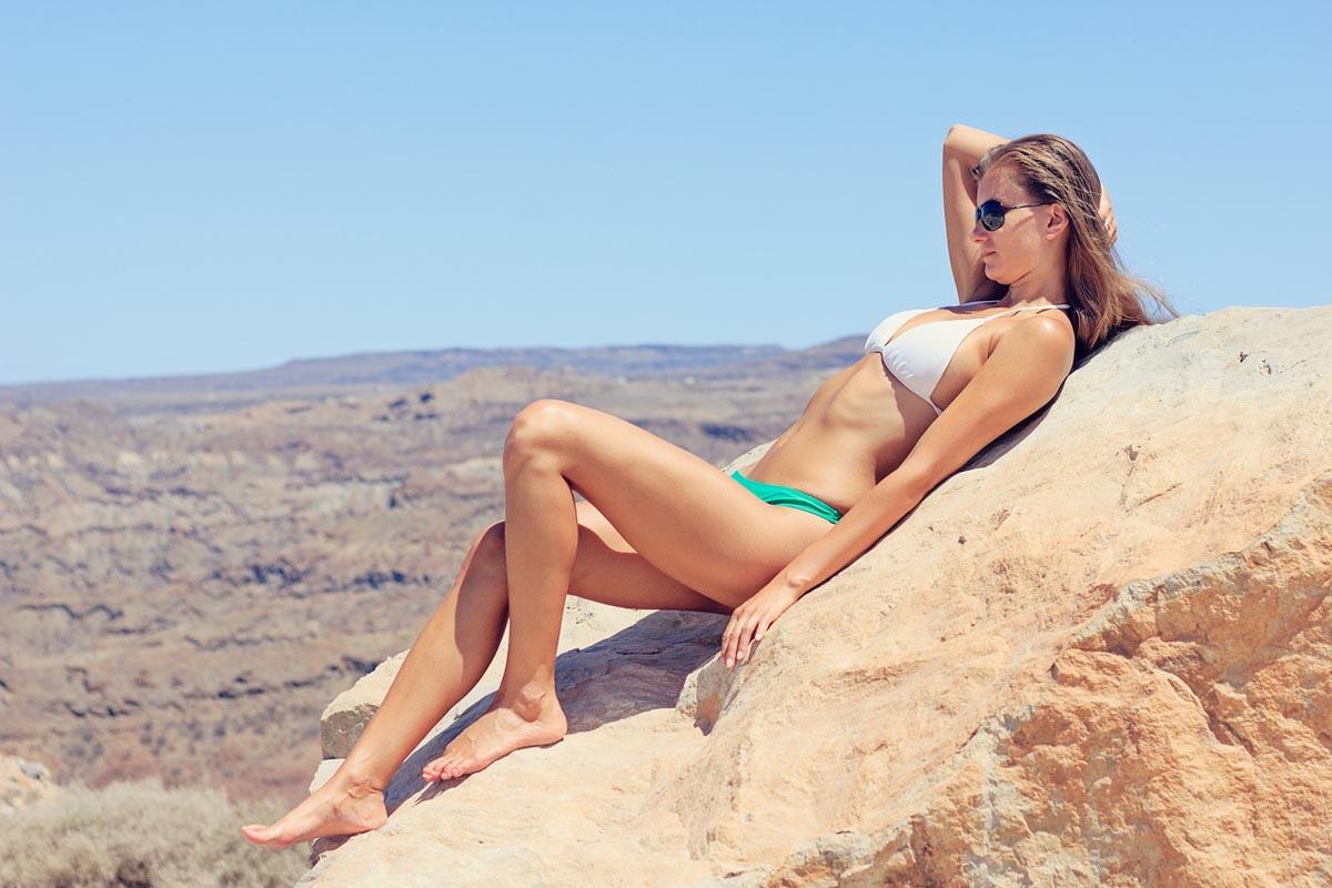 Sonnenbad Sonnencreme Bikini