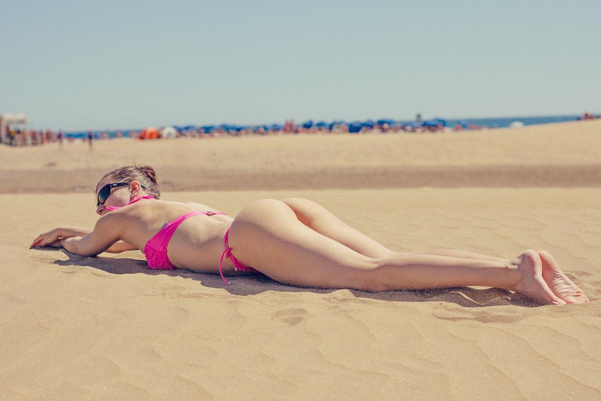 Strand Sonnenbad Sonnenschutz