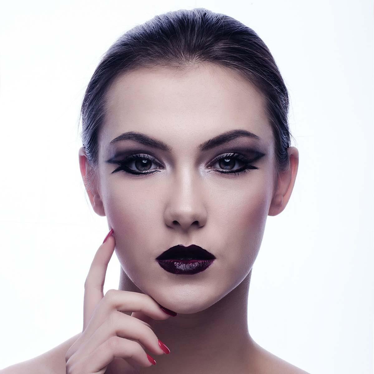 berry-lips-makeup