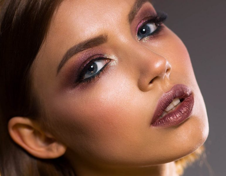 Glossy Glow Makeup