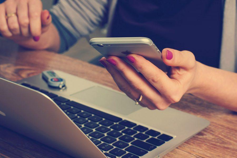 Handy Büro Hand Laptop