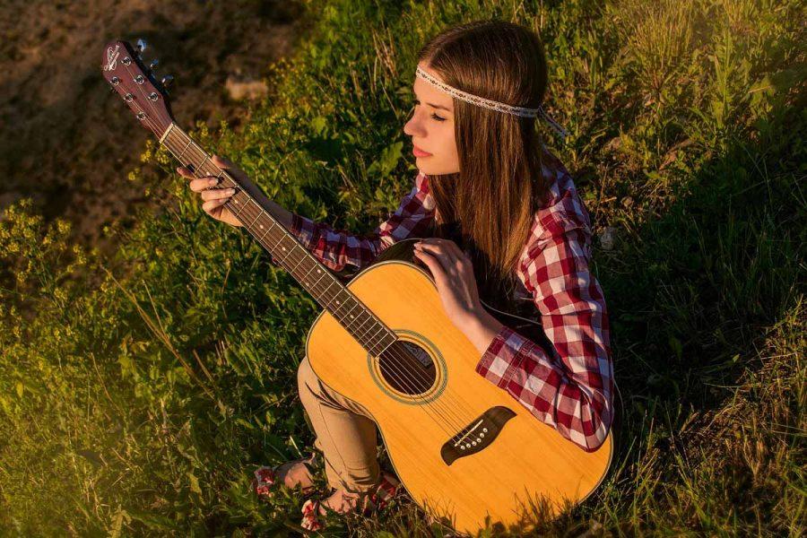 Hippie Look Gitarre