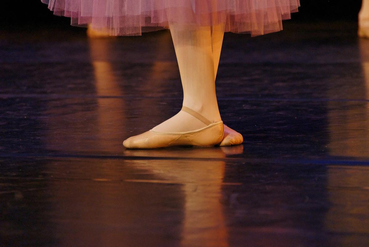 pantoletten ballerina tütü bühne